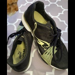 Just like new Puma Black and Neon Green Sneakers